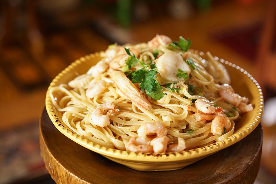 Creole Fettuccini With Seafood