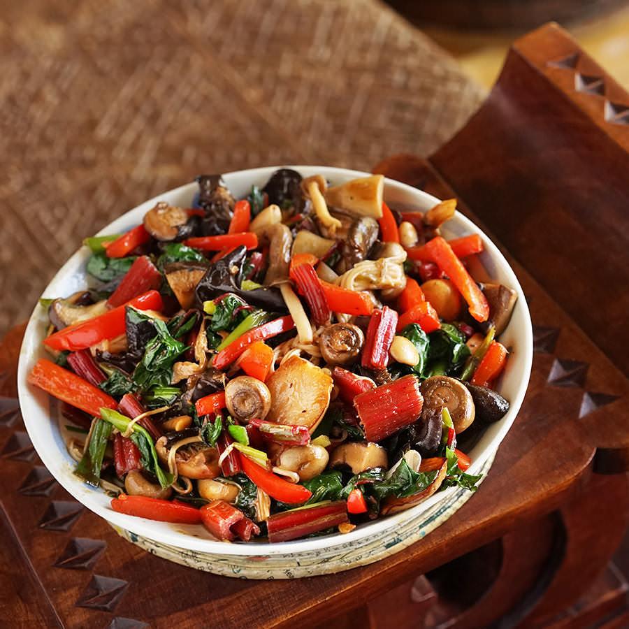 Stir-Fried Mushrooms and Vegetables