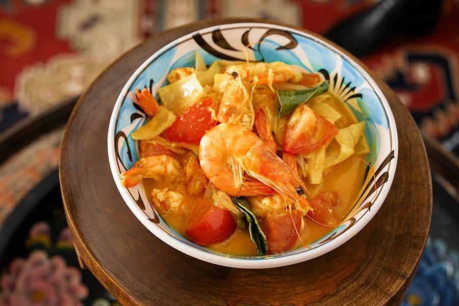 Nyonya Shrimp Curry