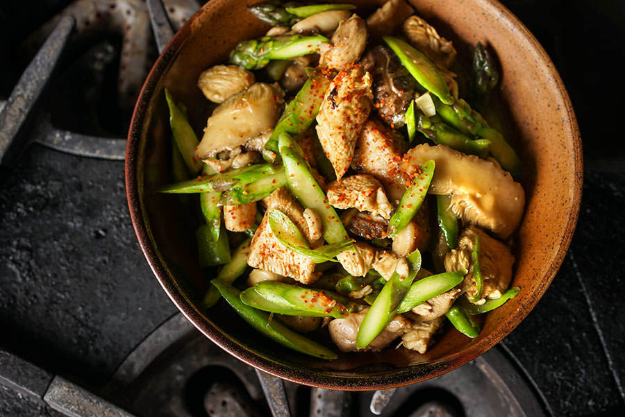 Chicken with Asparagus and Shiitake