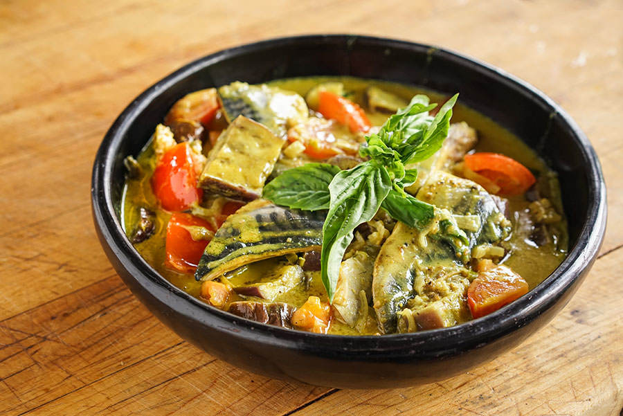 Mackerel and Eggplant Curry