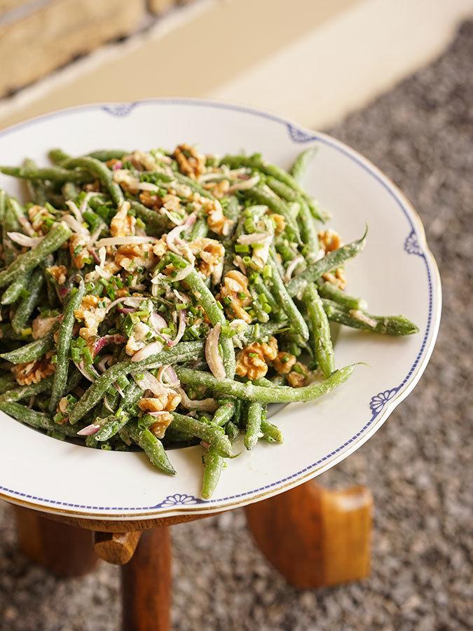 Walnut Goat Cheese Green Bean Salad