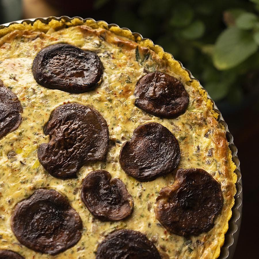 Polenta and mushroom tart